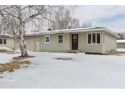 3 Bed 1 Bath Foreclosure Property in Saint Cloud, MN 56303 - 19th Ave N