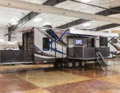 2018 Forest River Vengeance Touring Edition 40D12