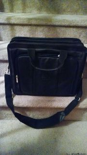 NEW! HP LAPTOP CARRYING CASE