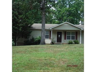 1.5 Bath Foreclosure Property in Erin, TN 37061 - Woodland Hills Rd