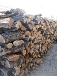 SEASONED FIREWOOD OAK, PECAN, CEDAR & JUNIPER DELIVERED TO YOU