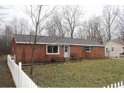 3 Bed 1 Bath Foreclosure Property in Lansing, MI 48911 - S Waverly Rd
