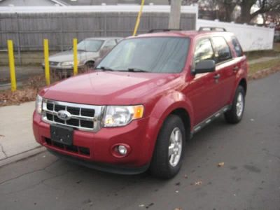 2011 Ford Escape XLT (Red)
