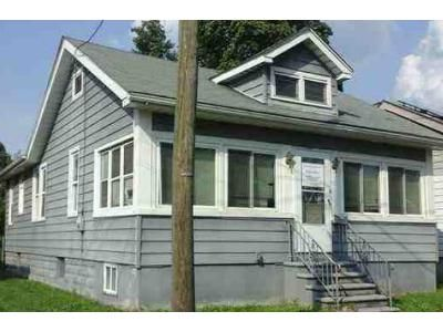 3 Bed 1 Bath Foreclosure Property in Gloucester City, NJ 08030 - Bergen St