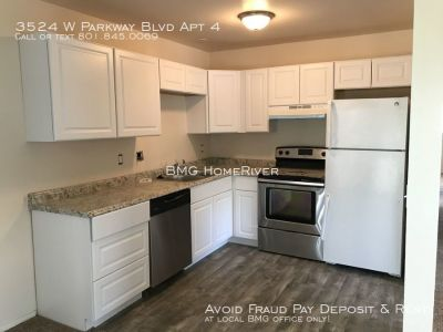 NEWLY REMODELED! 2 Bedroom Unit Available with Vaulted Ceilings!