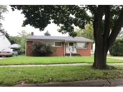 1.0 Bath Preforeclosure Property in Dearborn Heights, MI 48125 - Princess St