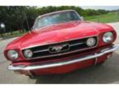 1965 Ford Mustang Base Hardtop 2-Door 4.7L Red