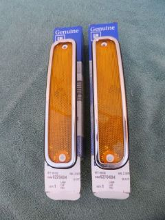 Find 73-80 CHEVY SILVERADO GMC SIERRA CLASSIC FRONT SIDE MARKER LAMPS NOS GM #6270434 motorcycle in Oak Hills, California, United States, for US $199.99