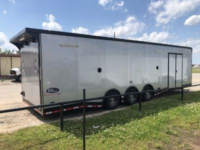 32ft LOADED WITH OPTIONS JUST ARRIVED 2020 MODEL