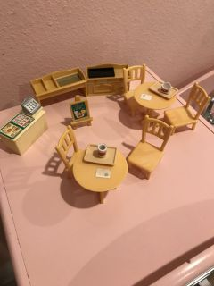 Calico critter furniture/cafe furniture ppu only
