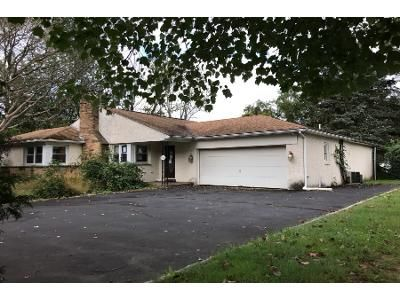 3 Bed 2.0 Bath Preforeclosure Property in Huntingdon Valley, PA 19006 - Gravel Hill Rd