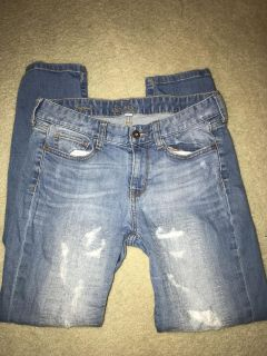 Boyfriends Jeans.. SZ 5..Front porch pick up off of Lovell Rd..CP