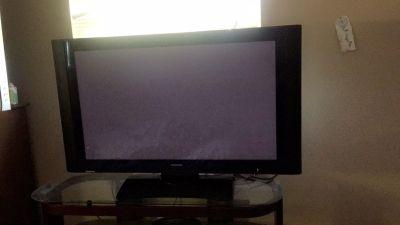 43 inch hitachi ultravison flatscreen tv