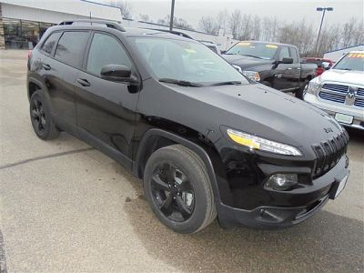 2017 Jeep Cherokee Limited (black)