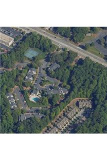 Pet Friendly 2+2 Apartment in Austell