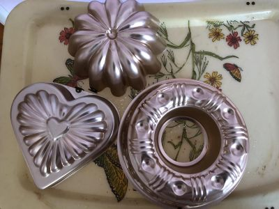 3 piece rose gold colored wall decor