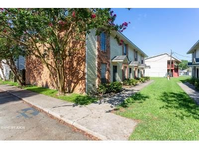 2 Bed 1.5 Bath Foreclosure Property in Baton Rouge, LA 70820 - Brightside Dr