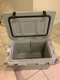 HOGG 20qt Brand New Cooler DAD SPECIAL Weekend The Best Cooler at the Market