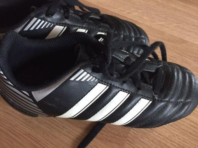 Adidas youth soccer cleats size 13