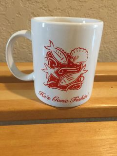 Mama's Fishin' Mug - Brand New and Never Used ** See Other Pic in Comment Section **