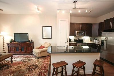 $120, 1br, City Centre Luxury One Bedroom Apartment
