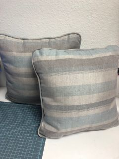 Outdoor Throw Pillows Lot of 2 New 16x16