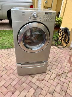 LG Electric & Gas Dryers w/Bases