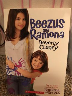 Beezus and Ramona - Beverly Clearly Paperback Book. Nice Condition