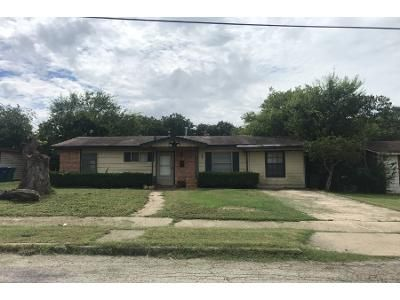 3 Bed 1 Bath Foreclosure Property in San Antonio, TX 78223 - Lasses Blvd