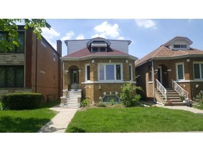 4 Bed 2 Bath Foreclosure Property in Elmwood Park, IL 60707 - N 72nd Ct