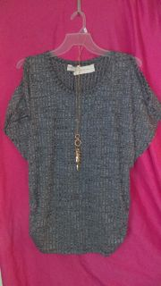 1X Knit Top with Necklace
