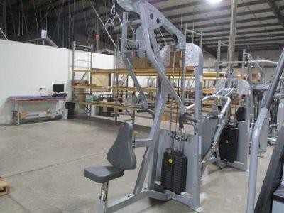 Hoist HD2300 Mid-Row Lat Pulldown Machine RTR# 8123373-05