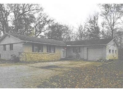 3 Bed 1.5 Bath Foreclosure Property in Burlington, IN 46915 - S State Road 29