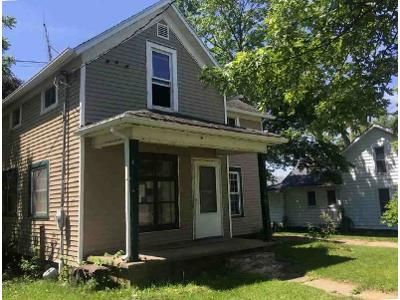 3 Bed 1.5 Bath Foreclosure Property in Plymouth, IN 46563 - Lake Ave