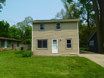 2 Bed 2 Bath Foreclosure Property in Lansing, MI 48906 - E Paulson St