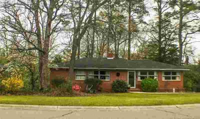 1812 Mcgougan Road FAYETTEVILLE Three BR, Welcome home to your
