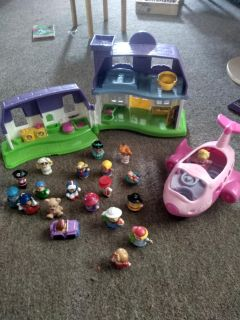 Little people and accessories