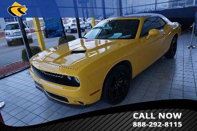 2017 Dodge Challenger (yellow)