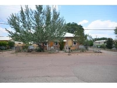 2 Bed 1 Bath Foreclosure Property in Grants, NM 87020 - Davis St