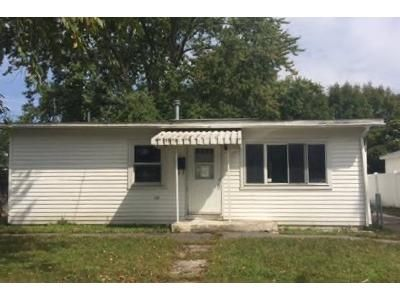 3 Bed 1 Bath Foreclosure Property in Schenectady, NY 12304 - Mcdonald Ave