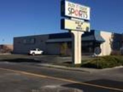 6,200 sq. ft. Commercial Building