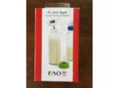 FAO Schwartz Food and Formula Thermometer F200TEMP New