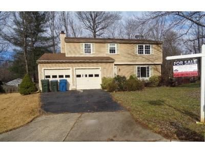 4 Bed 2.5 Bath Foreclosure Property in Annandale, VA 22003 - Brass Knob Ct
