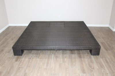 Beach double chaise outdoor bed in Excellent condition!