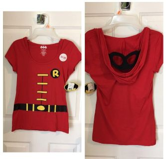 """""""ROBIN"""" - T shirt with mask built in hood - just pull hood on and mask is on !!! SIZE MEDIUM- RUNS SMALL. NEW WITH TAGS $6"""
