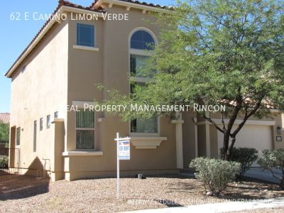 Gorgeous 2 story 3bed/2.5 bath with den in Rancho Sahuarita