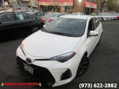 2017 Toyota Corolla SE CVT (Natl) (Super White)