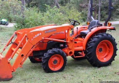 2014 Kubota L3200 HST 4x4 Diesel Tractor