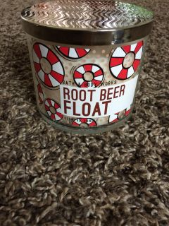 New Bath & Body Works Full Size Candle Root Beer Float