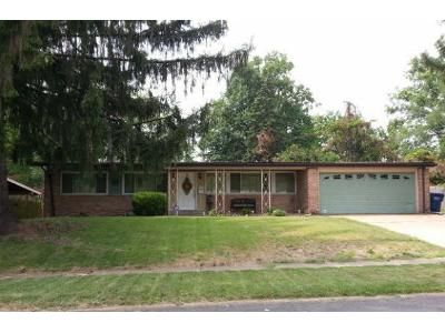 3 Bed 2 Bath Foreclosure Property in Florissant, MO 63033 - Bay Meadows Dr